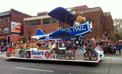 Santa Claus Parade 2013 - Sears Float