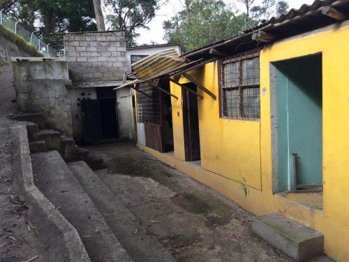 Ecuador - Parque Metropolitano Abandoned House